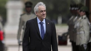 Χιλή: Η σέλφι του προέδρου Πινιέρα κόστισε… 3.500 δολάρια
