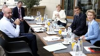 Νέο στέλεχος κορωνοϊού: Επικοινωνία Παρισιού, Βερολίνου και ΕΕ για τη νέα μετάλλαξη