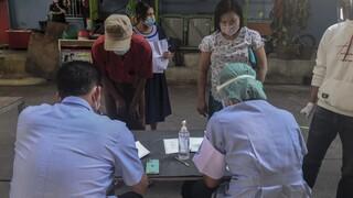 Ταϊλάνδη- Κορωνοϊός: 382 κρούσματα σε 24 ώρες - Τα περισσότερα σε κέντρο συσκευασίας θαλασσινών