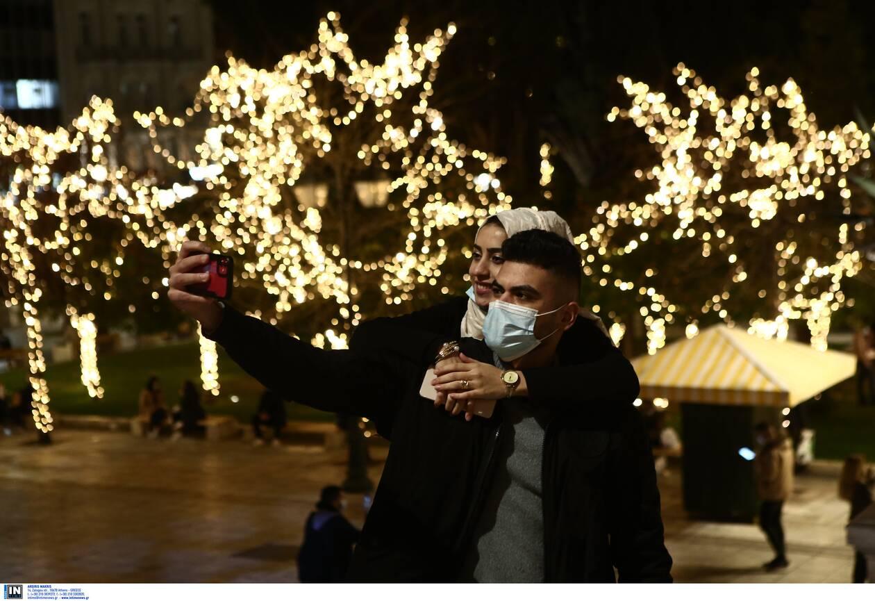 https://cdn.cnngreece.gr/media/news/2020/12/22/247870/photos/snapshot/suntagma-5.jpg