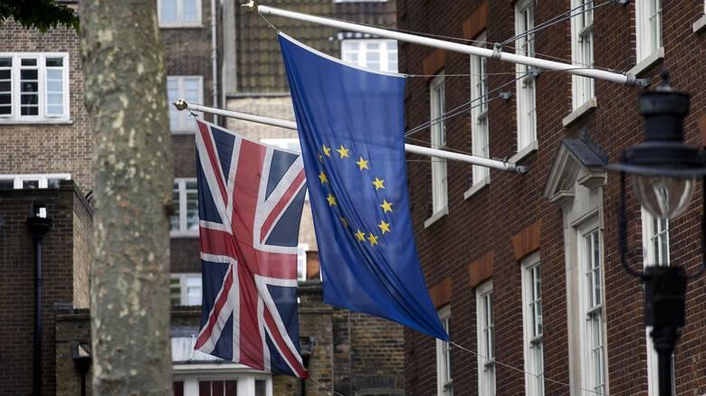 Brexit: Μακριά από τη συμφωνία ΕΕ-Βρετανία - «Παραμένουν άλυτα σοβαρά ζητήματα»