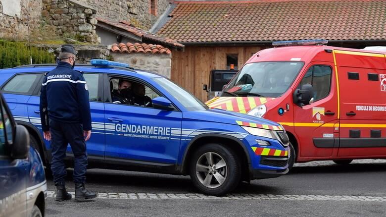 Γαλλία: Φόρος τιμής σε αστυνομικούς που σκοτώθηκαν κατά τη διάσωση κακοποιημένης γυναίκας