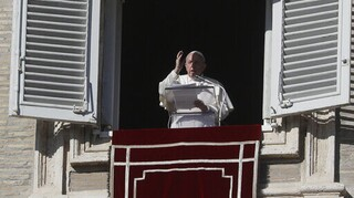 Πάπας Φραγκίσκος: Ο καταναλωτισμός κατάφερε να κατασχέσει τα Χριστούγεννα