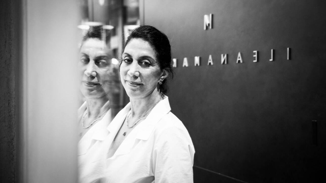 Ιλεάνα Μακρή: Η διάσημη σχεδιάστρια κοσμημάτων θεωρεί πως η πολυτέλεια κρύβεται στην απλότητα