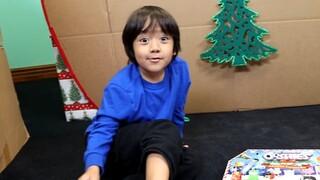 YouTube: Ένας 9χρονος ο πιο ακριβοπληρωμένος σταρ