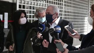 Folli Follie: Μήνυση από Φλαμπουράρη, Χαρίτση, Αραχωβίτη