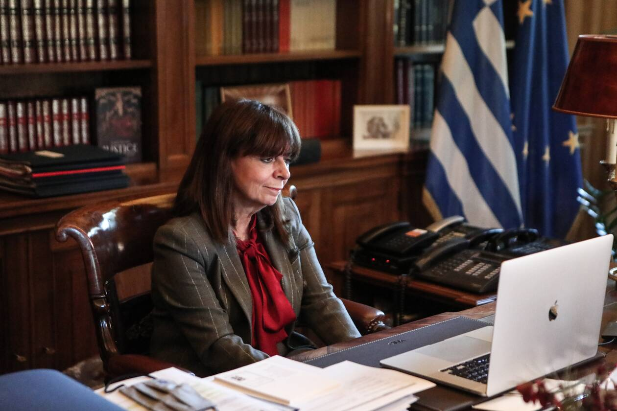 https://cdn.cnngreece.gr/media/news/2020/12/24/248073/photos/snapshot/kalanta_Sakelaropoulou2.jpg