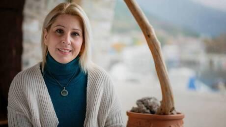 Βίκυ Ξανθοπούλου: Η «παγκόσμια» δασκάλα που διδάσκει ήθος και αγάπη στα παιδιά