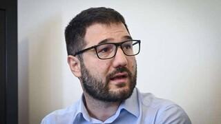 Ηλιόπουλος: Από τα χειροκροτήματα στις «μουσικές καρέκλες»