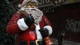 Τα Χριστούγεννα του lockdown: Δύο SMS, απαγόρευση κυκλοφορίας και «επιδρομή ελέγχων»