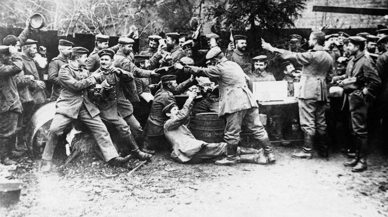Χριστούγεννα 1914: Όταν ο πόλεμος έκανε ανακωχή για την «Άγια Νύχτα»