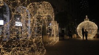 Χριστούγεννα 2020: Η στολισμένη Αθήνα ταξιδεύει σε όλον τον κόσμο