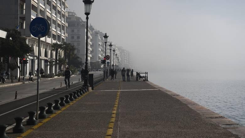 Κορωνοϊός: Σε πτωτική τροχιά παραμένει το ιικό φορτίο στη Θεσσαλονίκη