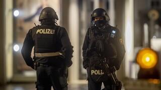 Πυροβολισμοί στο Βερολίνο - Τέσσερις σοβαρά τραυματίες