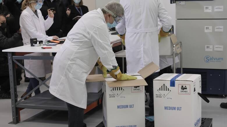 Κορωνοϊός: Μία «ανάσα» πριν την έναρξη του εμβολιασμού - Στην Αθήνα οι πρώτες δόσεις