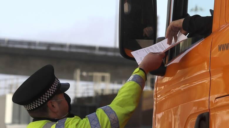 Κορωνοϊός - Ντόβερ:Μόλις 36 θετικά τεστ από συνολικά 15.526 σε οδηγούς φορτηγών