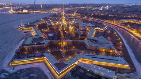 Αγία Πετρούπολη: Ένα 360° βίντεο από ψηλά μας ξεναγεί στην ονειρική ρωσική πόλη