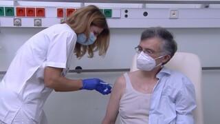 Εμβόλιο - Σωτήρης Τσιόδρας: «Δεν είναι το τέλος, ακόμα. Το τέλος θα έρθει σταδιακά»