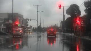 Καιρός: Βροχές, καταιγίδες και θυελλώδεις άνεμοι