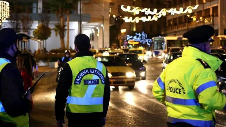Χαλκιδική: Επτά συλλήψεις και πρόστιμα για κορωνο-πάρτι στη Νέα Καλλικράτεια