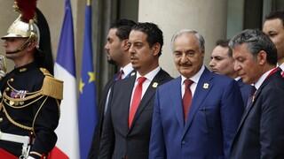 Λιβύη: Η Γαλλία ζητά από τον Χαφτάρ να αποφύγει τις εχθροπραξίες