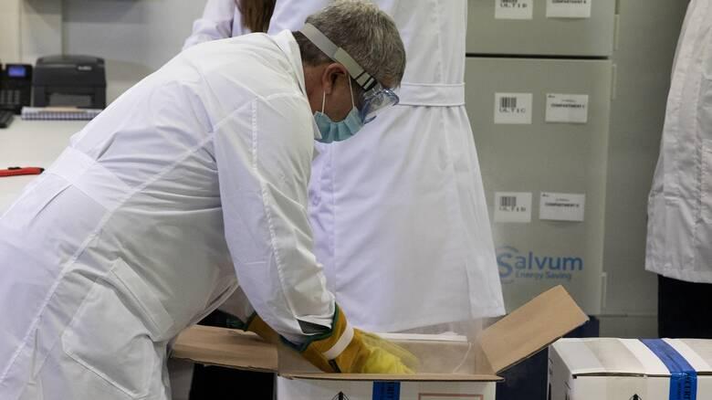 Επιχείρηση «Ελευθερία»: Ξεκινούν οι εμβολιασμοί σε Θεσσαλονίκη, Πάτρα, Λάρισα και Ιωάννινα