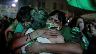 Αργεντινή: Εγκρίθηκε, μετά από 12ωρη συνεδρίαση, το νομοσχέδιο για τις αμβλώσεις
