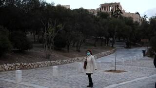 Καθηγ. Βασιλακόπουλος: Πρόωρο να τα ανοίξουμε όλα στις 7 Ιανουαρίου