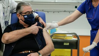 Κουτσούμπας: Χρονοβόρος ο εμβολιασμός, τώρα μέτρα προστασίας της υγείας