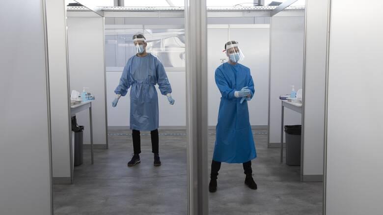 Κορωνοϊός - Ολλανδία: Εμμένει στο σχέδιό της να ξεκινήσει εμβολιασμούς στις 8 Ιανουαρίου