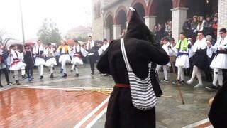 Πρωτοχρονιά: Τα έθιμα στη Λάρισα για τον ερχομό του νέου χρόνου