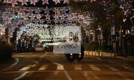 Πρωτοχρονιά: Πόλη – φάντασμα η Αθήνα το βράδυ της παραμονής