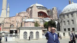 Ερντογάν: Η μετατροπή της Αγίας Σοφίας σε τζαμί το «στέμμα» του 2020