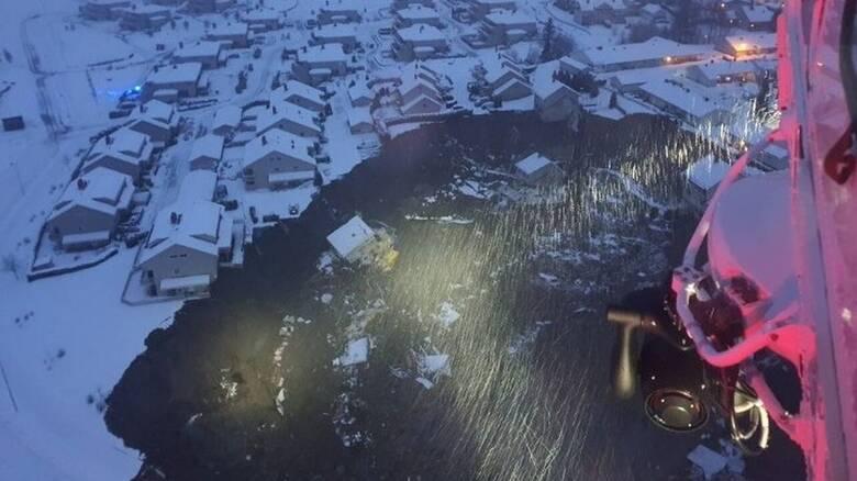 Κατολίσθηση Νορβηγία: Οι διασώστες ανέσυραν ένα πτώμα από τον κρατήρα που κατάπιε σπίτια