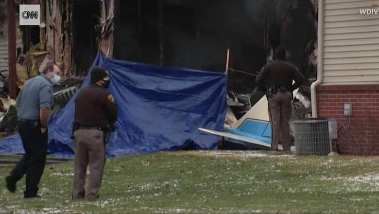 ΗΠΑ: Μικρό αεροπλάνο έπεσε σε σπίτι στο Μίσιγκαν - Τρεις άνθρωποι σκοτώθηκαν
