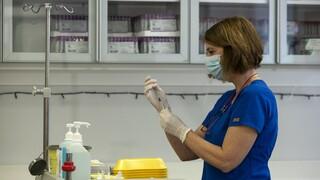 Κορωνοϊός: Τα νοσοκομεία Κοζάνης και Πτολεμαΐδας παρέλαβαν τα πρώτα εμβόλια