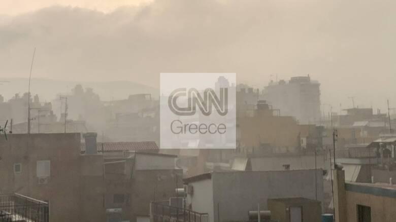 Καιρός: Κακοκαιρία σαρώνει την Αττική - Πού θα χτυπήσει τις επόμενες ώρες