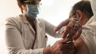 Εμβολιασμοί κορωνοϊός: Στον «αέρα» η δεύτερη δόση του εμβολίου σε ευρωπαϊκές χώρες