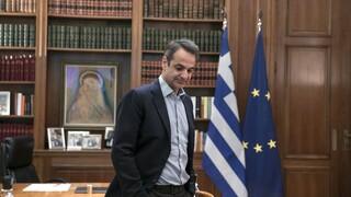 Ορκίζεται η νέα κυβέρνηση: Η ανθρωπογεωγραφία, η δεξιά στροφή και τα εκλογικά σενάρια