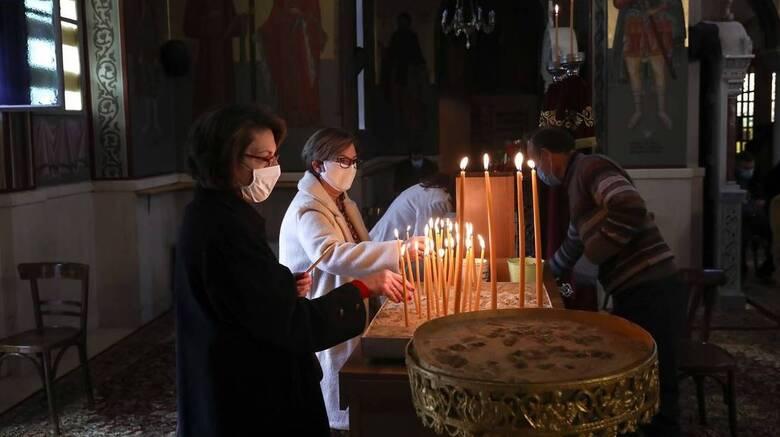 Εκπρόσωπος Τύπου Ιεράς Συνόδου: Οι ναοί θα λειτουργήσουν κανονικά για τα Θεοφάνεια