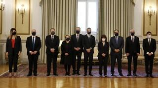 Με rapid test, αντισηπτικά και μάσκες ολοκληρώθηκε η ορκωμοσία των νέων μελών της κυβέρνησης