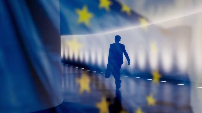 Εμβόλιο κορωνοϊός - Spiegel: Διαπραγματεύσεις ΕΕ - Pfizer/ΒioNTech για αγορά 100 εκατ. δόσεων