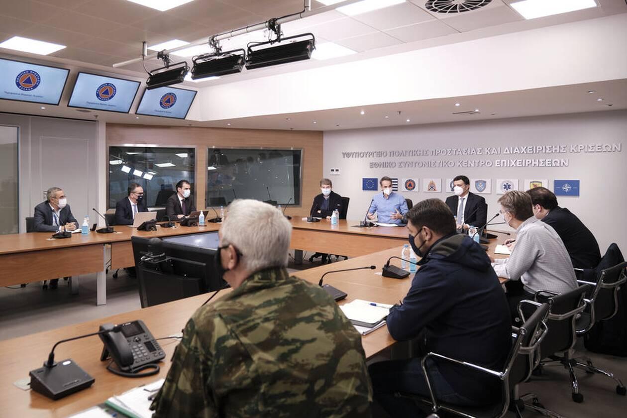 https://cdn.cnngreece.gr/media/news/2021/01/05/249488/photos/snapshot/mitsotakis-emvoliasmos-9.jpg