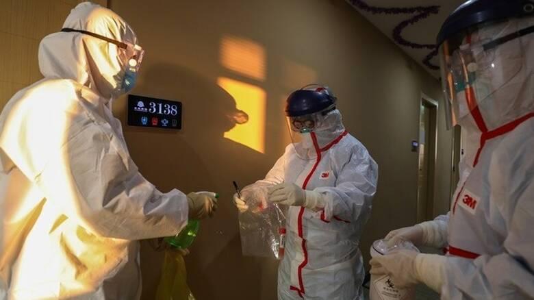 Κορωνοϊός: Βαρύς απολογισμός με σχεδόν 1,87 εκατομμύρια θανάτους παγκοσμίως
