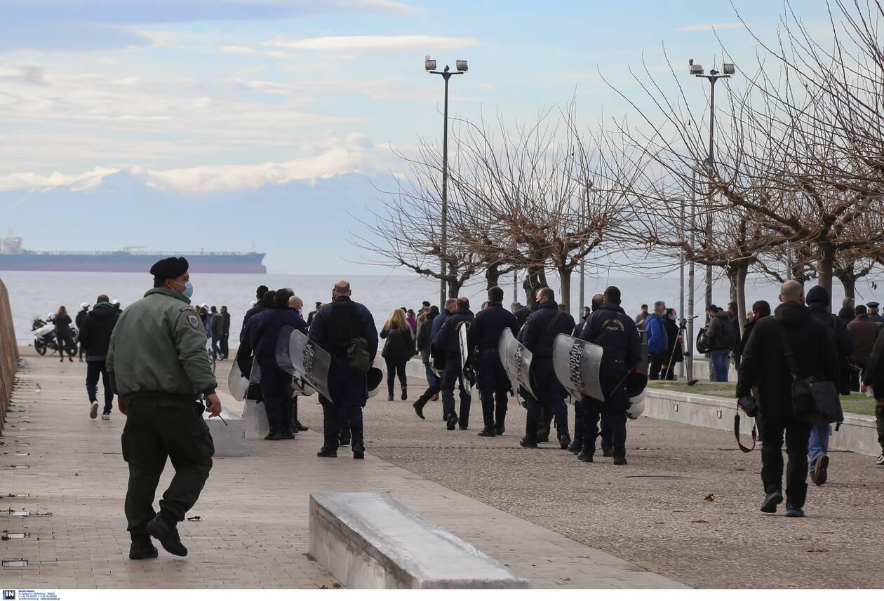 https://cdn.cnngreece.gr/media/news/2021/01/06/249578/photos/snapshot/thessalonikh-ripsh-stavrou-2.jpg