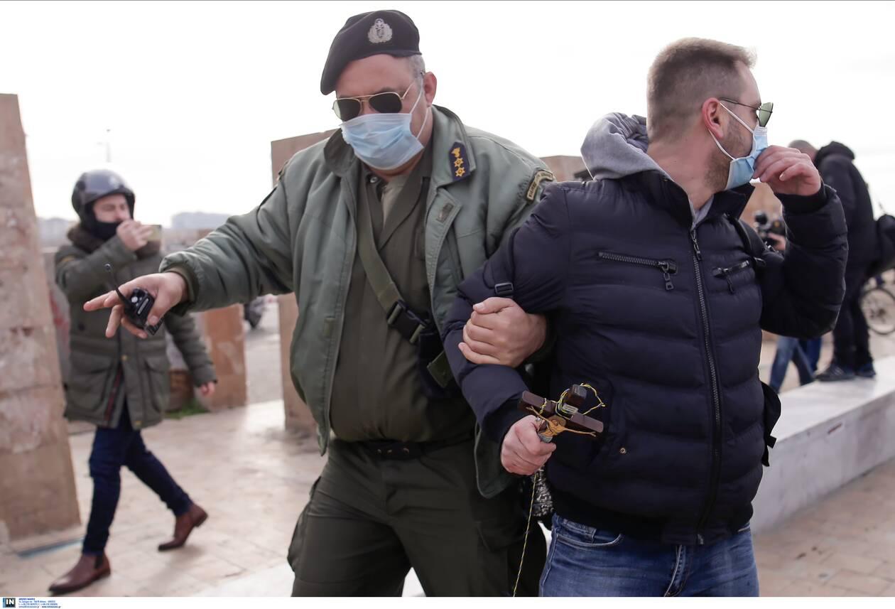 https://cdn.cnngreece.gr/media/news/2021/01/06/249578/photos/snapshot/thessalonikh-ripsh-stavrou-4.jpg