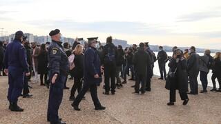 Θεοφάνεια: Μία σύλληψη και εννέα προσαγωγές για τη ρίψη σταυρού στη Νέα Παραλία