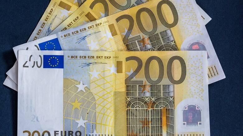 Επίδομα 400 ευρώ: Ποιοι, πώς και πότε θα το πάρουν