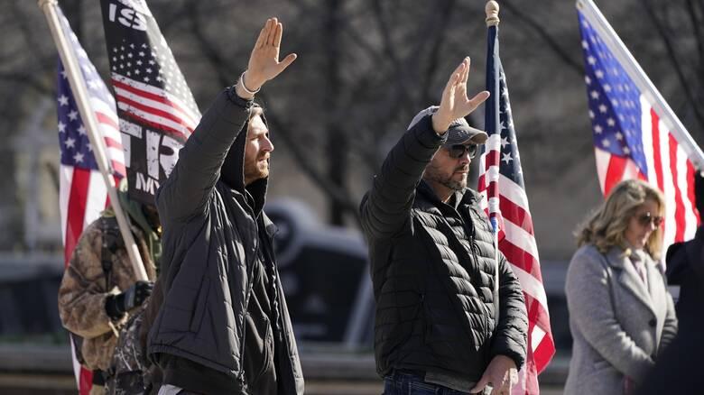 H αμερικανική δημοκρατία αντιμέτωπη με την Alt-right