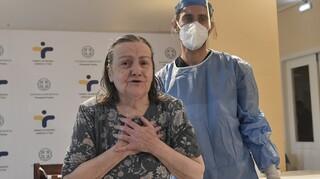 Επιχείρηση «Ελευθερία»: Τη Δευτέρα ξεκινά ο εμβολιασμός για τους άνω των 85